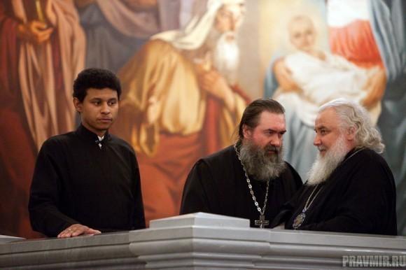 Пояс Пресвятой Богородицы в Москве. Фото Юлии Маковейчук (48)
