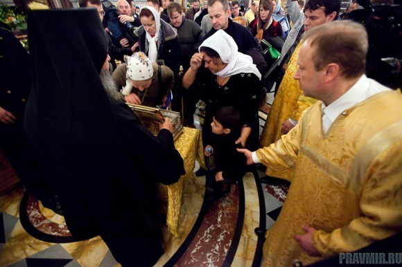 Пояс Пресвятой Богородицы в Москве. Фото Юлии Маковейчук (53)