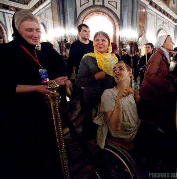 Пояс Пресвятой Богородицы в Москве. Фото Юлии Маковейчук (75)