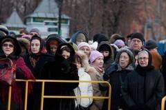 Пояс Пресвятой Богородицы: репортаж из очереди (+ фото)