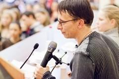 Студенты МГУ и Иван Охлобыстин (ФОТО)