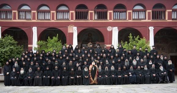 Братия Священной Великой Обители Ватопед, июнь 2011 года