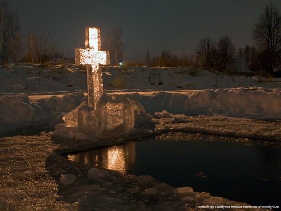 Крещение. Фото Александра Самбурова
