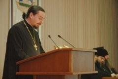Подготовка к Причастию: канонические нормы и практика Поместных Православных Церквей