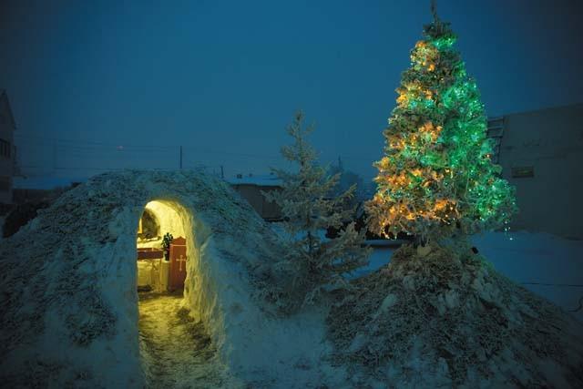 Рождество Церкви. Журналист К. Лученко, музыкант П. Федосов, игумен Савва (Мажуко)