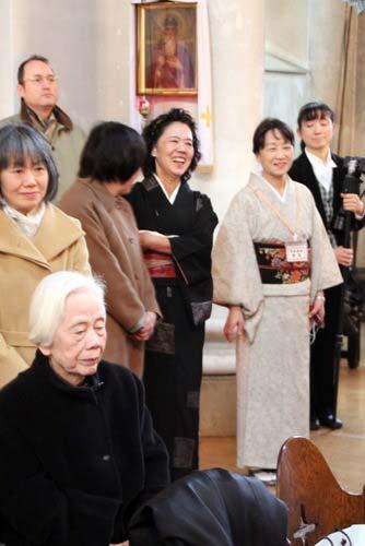 Православные японки в кимоно
