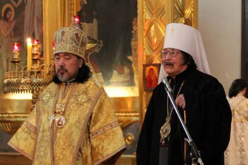 Епископ Сендайский Серафим и Митрополит Токийский и всея Японии Даниил.