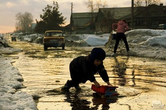 Весна в Колывани. Александр Бендюков (Колывань. Новосибирская область).