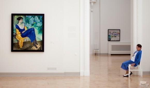 Русский музей. Две женщины в синем. Вера Волкова (Санкт-Петербург)