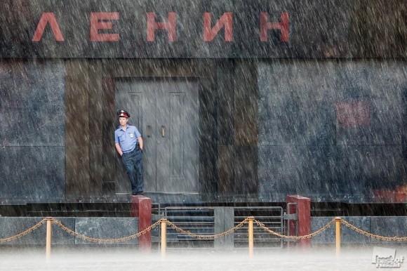 Во время дождя. Владлен Абдуллин (Москва)