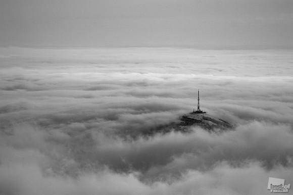 Зимний вид на вершину горы Машук с вершины горы Бештау. Дмитрий Теницкий