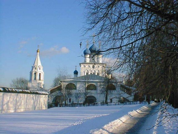 Казанская церковь в Коломенском. Икона Божией Матери Державная