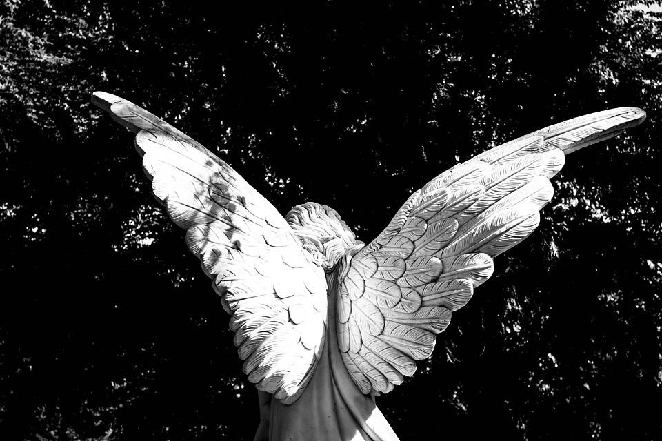 Ангел-хранитель человека