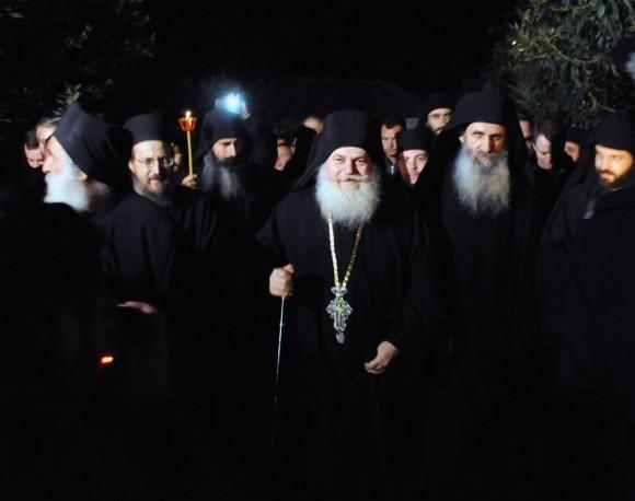 Возвращение игумена Ефрема в Ватопедский монастырь Афона (30)