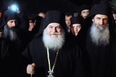 Игумен Ефрем вернулся на Афон (ФОТО)