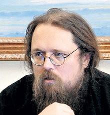 Протодиакон Андрей Кураев: Через меня переступи и иди дальше в реальную церковь