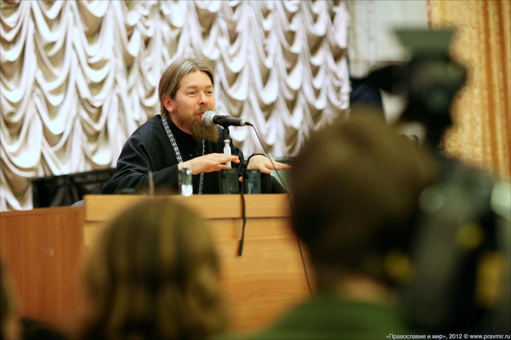 Архимандрит Тихон (Шевкунов) о Владимире Путине, войне и митингах