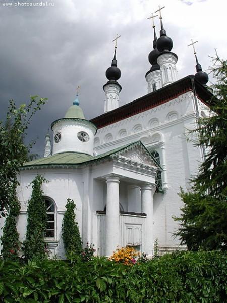 Суздаль, Цареконстантиновский храм. Фото: Владимир Сухов.