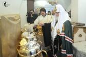 Патриарх Кирилл совершил молебен на начало чина мироварения (ФОТО)
