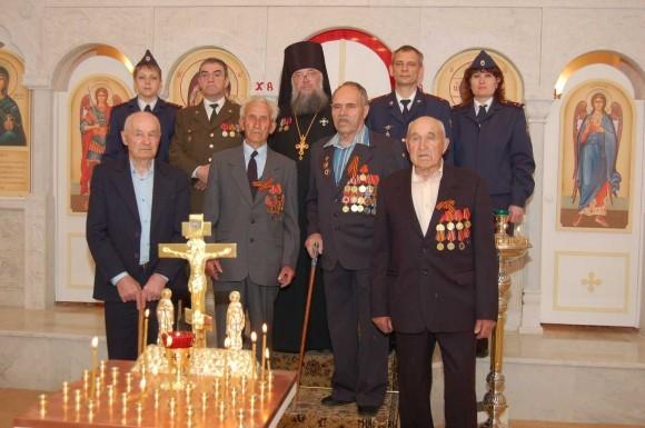 Ветераны в храме