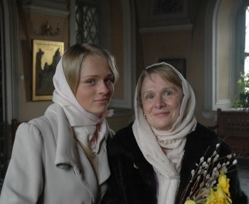 Матушка Марина с дочерью. Фото Александра Филиппова