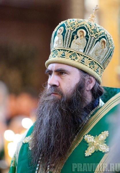 Вербное воскресенье. Изнесение части хитона и Гвоздя от Креста (52)