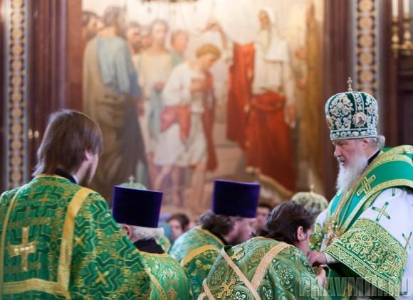 Вербное воскресенье. Изнесение части хитона и Гвоздя от Креста (49)