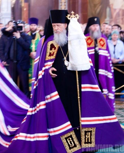Вербное воскресенье. Изнесение части хитона и Гвоздя от Креста (21)