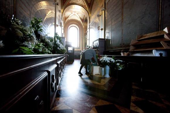 Заключительный этап работы - наверху, в галерее храма Христа Спасителя.