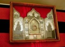 Ковчег с частицей Ризой и гвоздем Креста Господня