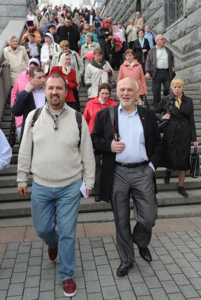 Евгений Стрельчик и Андрей Золотов на молебне в защиту веры 22 апреля 2012