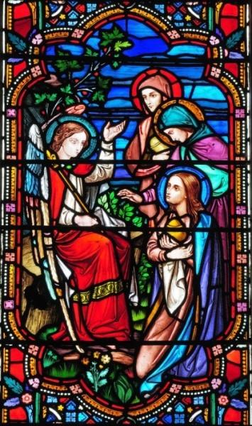 Ангел и жены-мироносицы. Витраж