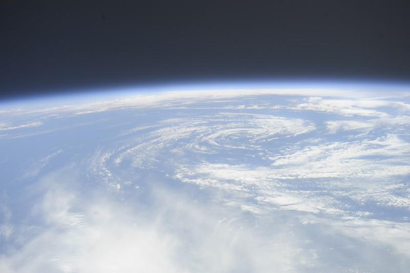 http://www.pravmir.ru/wp-content/uploads/2012/04/centr-ciklona.jpg