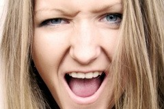 До чего доводит раздражительность (+ Видео)