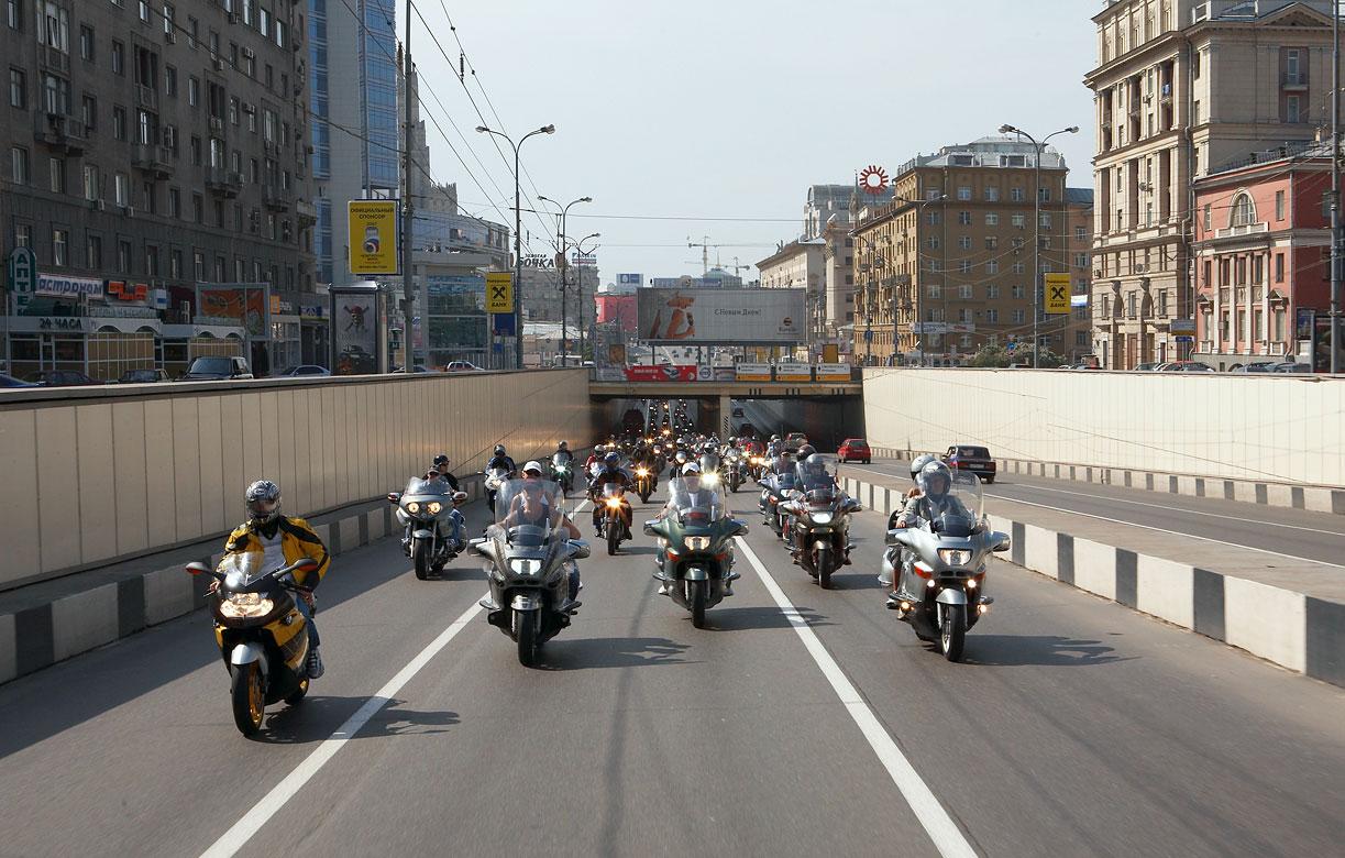 Православная общественность и московские байкеры организуют авто- и мотопробеги в поддержку Русской Церкви