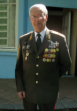 Генерал-лейтенант В.Я Шатохин