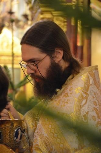Архимандрит Савва (Тутунов): Приход — это община людей, объединенных вокруг Чаши Христовой