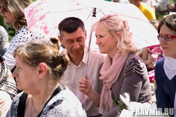 Белый цветок в Марфо-Мариинской обители. Фото Ксении Прониной (17)