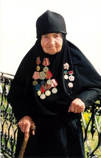 http://www.pravmir.ru/wp-content/uploads/2012/05/9MDPlk0cWMU-383x600.jpg