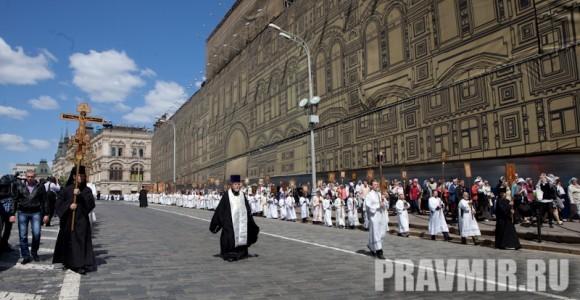 Молебен на Красной площади у Иверской. Фото Юлии Маковейчук (2)