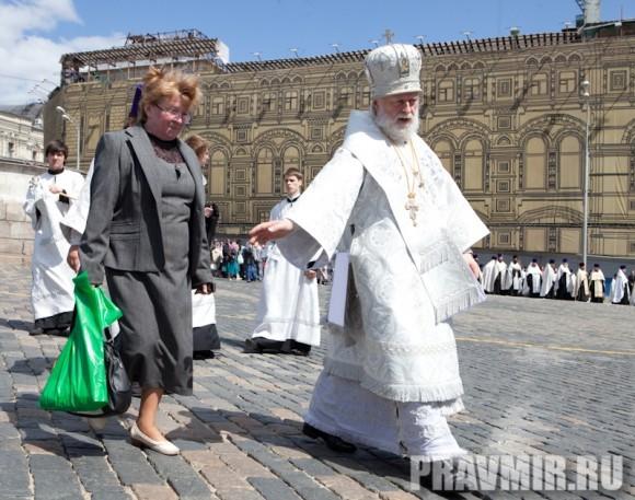 Молебен на Красной площади у Иверской. Фото Юлии Маковейчук (5)