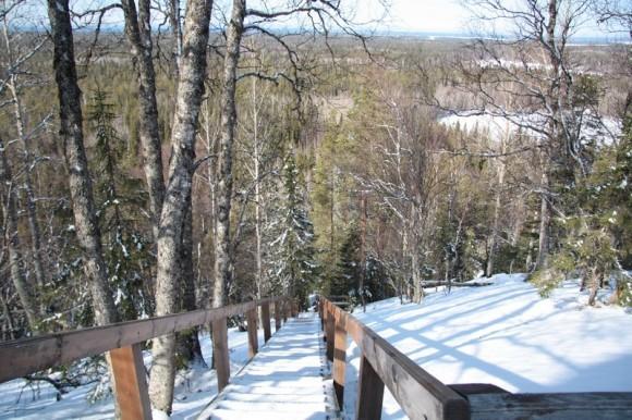 Лестница на северном склоне