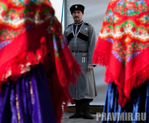 Молебен на Красной площади у Иверской. Фото Юлии Маковейчук (79)