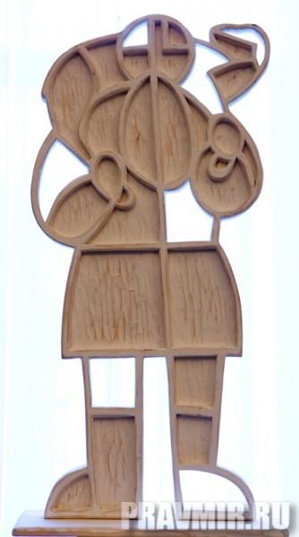Некрасов Сергей, Пастух. Дерево, белила, 105х50х20 см, 2011, Москва