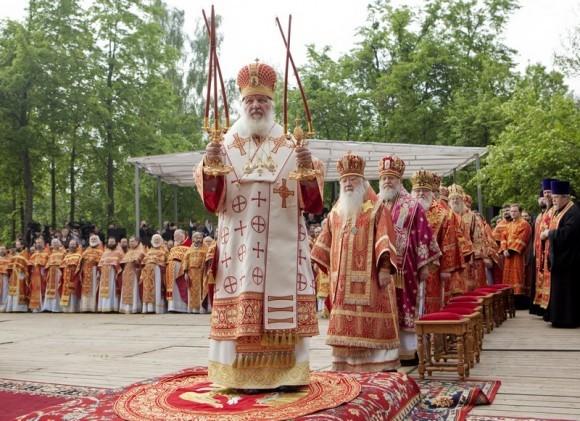 Литургия на Бутовском полигоне. Фото Владимира Ходакова (38)