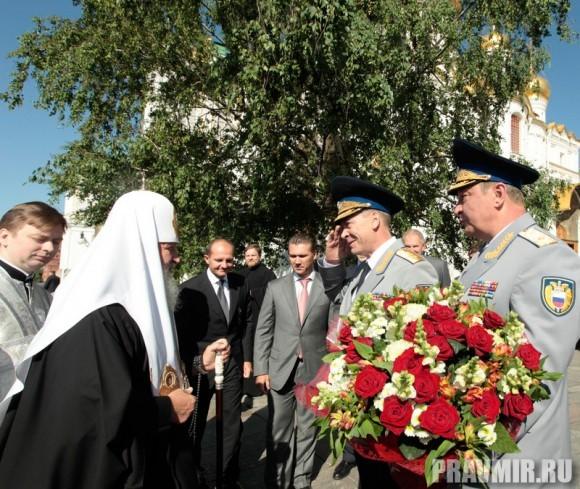 Патриаршая литургия в Кремле и молебен у храма Василия Блаженного. Фото Владимира Ходакова (7)