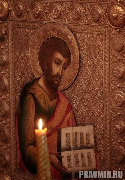 Патриаршая литургия в Кремле и молебен у храма Василия Блаженного. Фото Владимира Ходакова (27)
