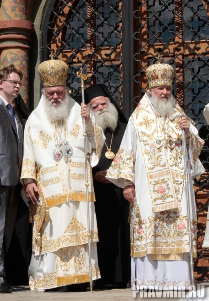 Патриаршая литургия в Кремле и молебен у храма Василия Блаженного. Фото Владимира Ходакова (32)