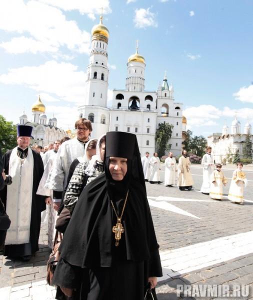 Патриаршая литургия в Кремле и молебен у храма Василия Блаженного. Фото Владимира Ходакова (36)
