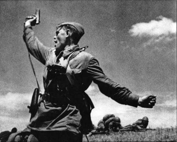 ed69f9e592b37e4d67575ee3168_prev-580x464 Великая Отечественная война: чудо и сказки Защита Отечества